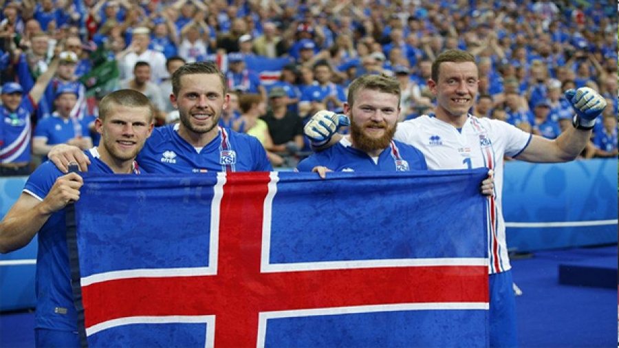 Iceland becomes smallest country to qualify for 2018 world cup