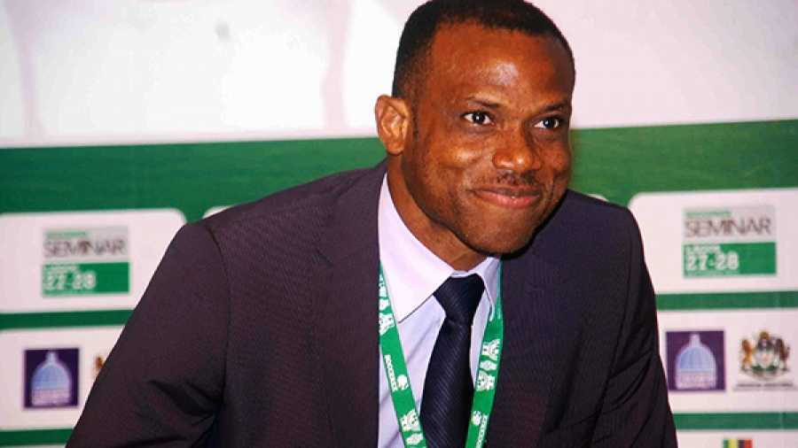 The circumstances leading to the resignation of the Chief Coach of the Super Eagles of Nigeria, SUNDAY OLISEH, are becoming clearer following revelations by his associates.