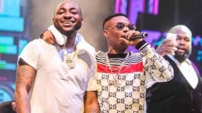 Davido Acknowledges Whizkid as a Legend and an Icon