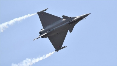Egypt signs contract with France to purchase fighter jets