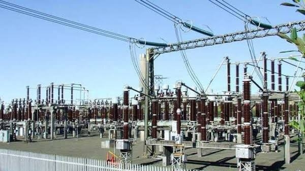 Association react as lawmakers postpone planned hike of electricity bills